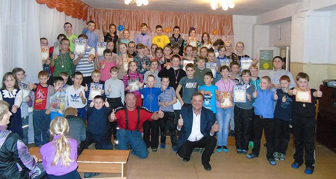 Русский жим штанги лежа в школе-интернат в г. Белая Холуница